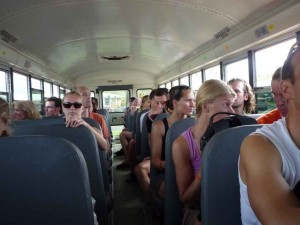 Fahrt mit dem Schulbus