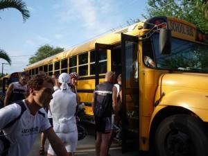 Einstieg in den Schulbus